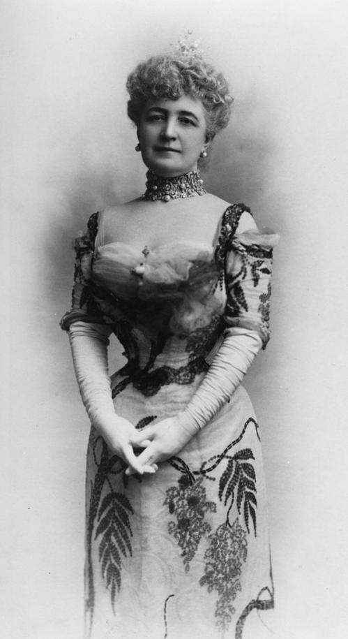Mrs. Potter (Bertha Honoré) Palmer. Art Institute of Chicago Archives.